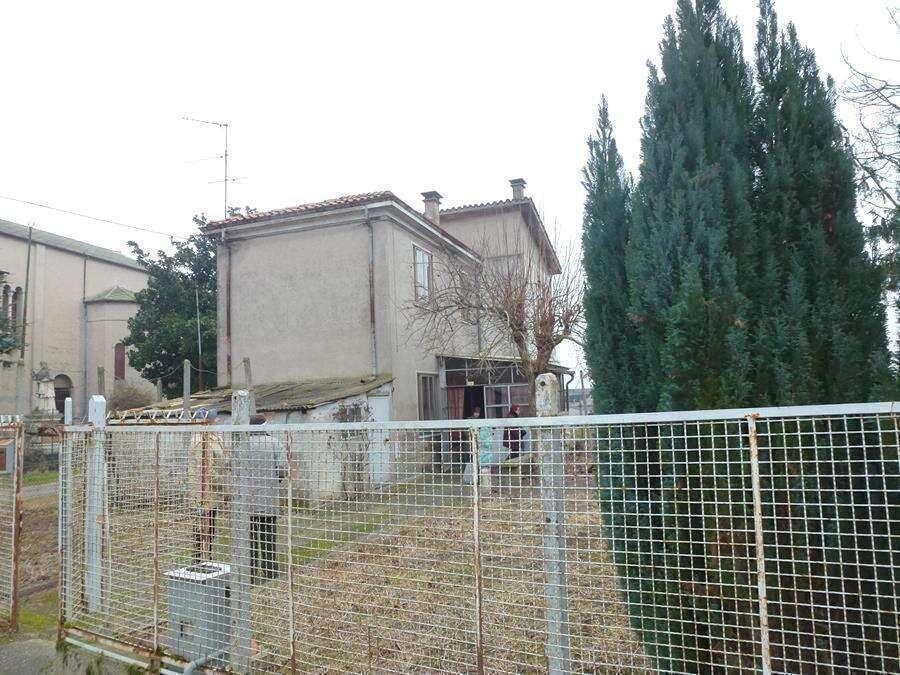 Casa Indipendente in periferia Lendinara