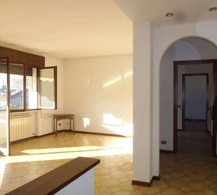 Appartamento in Zona Centrale Lendinara