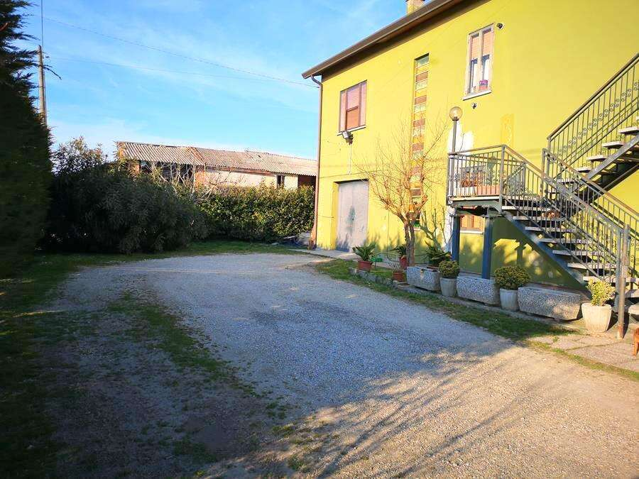 Casa Indipendente con giardino Lusia