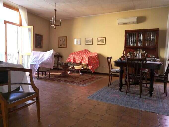 Palazzina con 2 appartamenti Lendinara Centro Storico